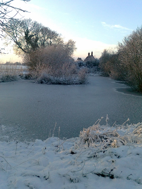 073Snow & ice on pond (480x640)