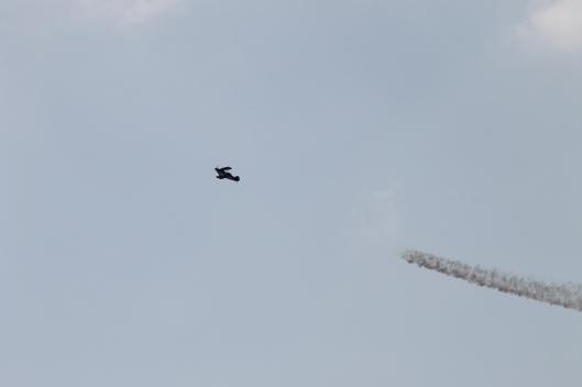 031Bi-plane with smoke-trail