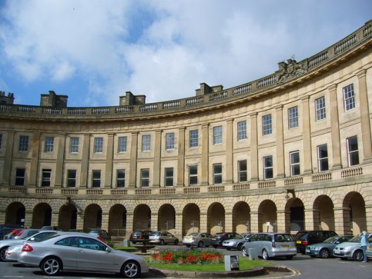 The_Crescent,_Buxton_-_geograph.org.uk_-_556851