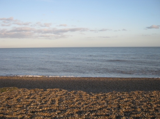 030View out to sea, Dunwich beach (640x480)
