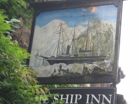 064Ship Inn sign (640x480)