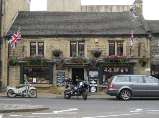 002Bakewell Pudding shop (640x474)