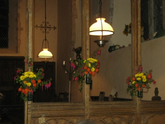 005Flowers on rood screen (640x480)