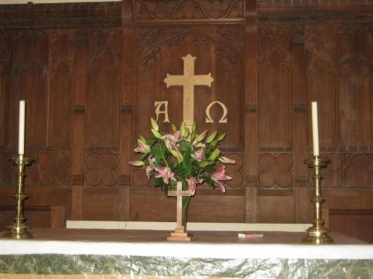 017The Altar (640x480)
