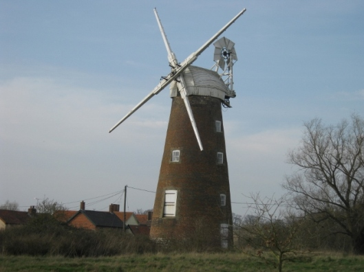 104Billingford windmill (640x480)