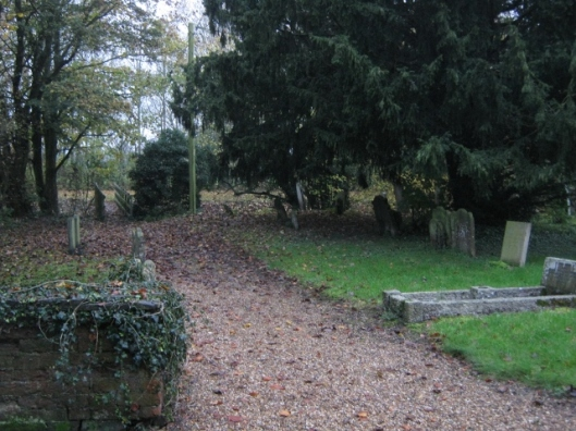 001Churchyard in November (640x480)