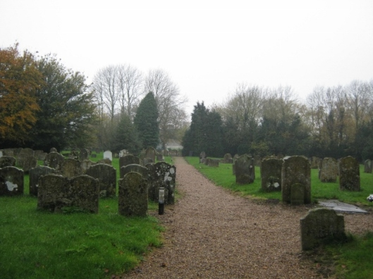 002Churchyard in November (640x480)