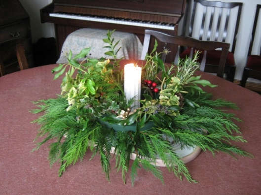 004Elinor's Advent arrangement (640x480)
