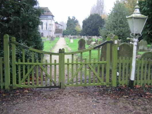 009Church gate (640x480)