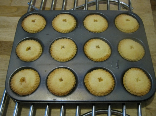 023More baked pies (640x480)