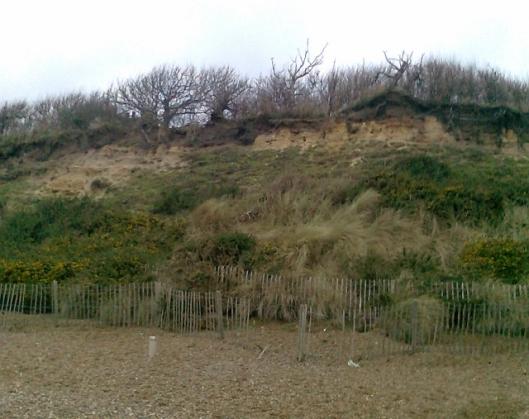 004Dunwich beach (2) (640x507)