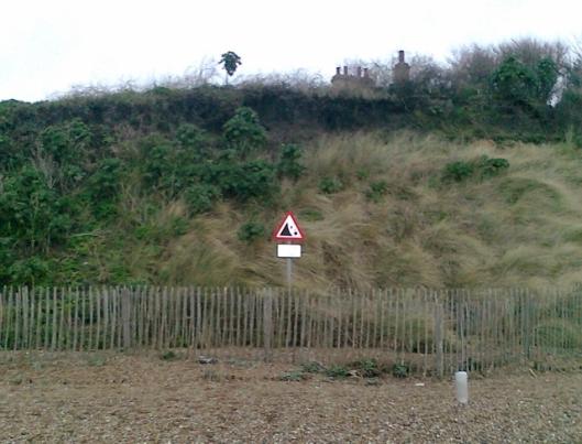 005Dunwich beach (2) (640x488)