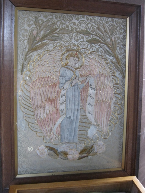 033One of the embroideries (480x640)