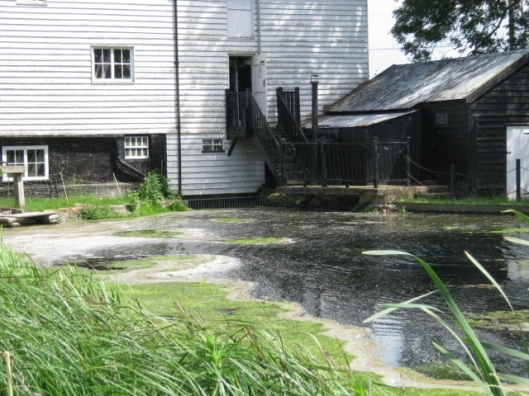 004Pakenham Water Mill (640x480)