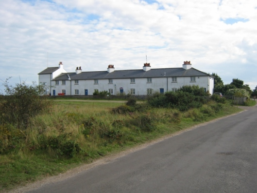 040Coastguards cottages (640x480)