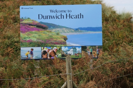 057Dunwich Heath sign (640x427)