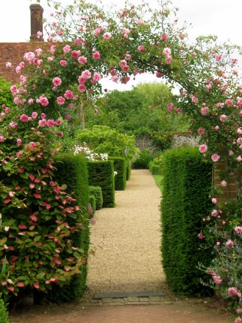 IMG_4858Wyken Hall garden (480x640)