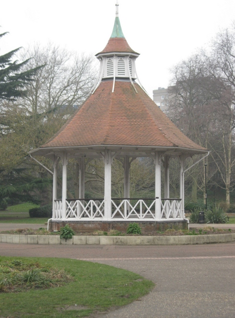 IMG_4210Bandstand