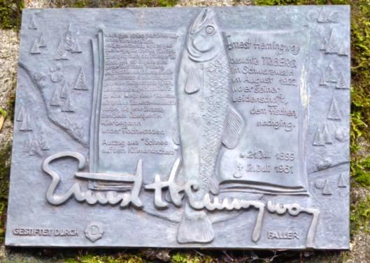 P1000749Hemingway plaque