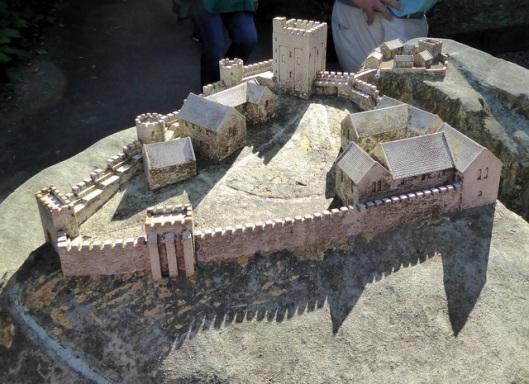 p1010123pev-castle