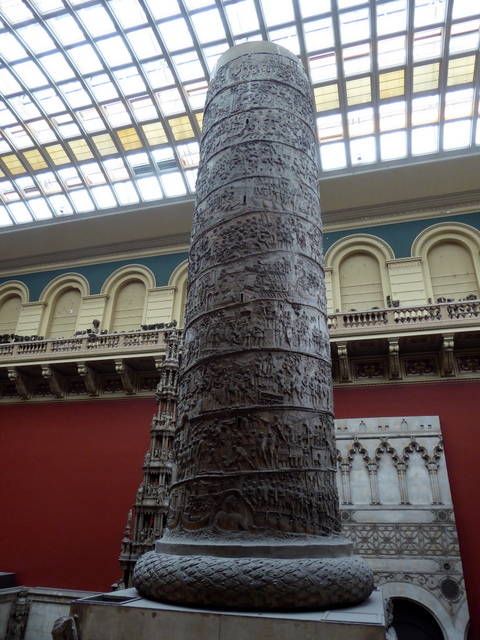 Trajan's column - lower