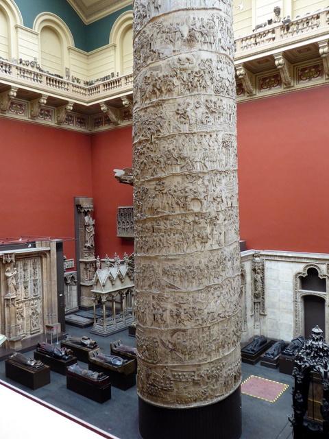 Trajan's column - upper